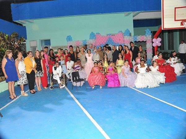 cuba, escuela especial solidaridad con panama, enseñanza especial, raul castro, miguel diaz-canel