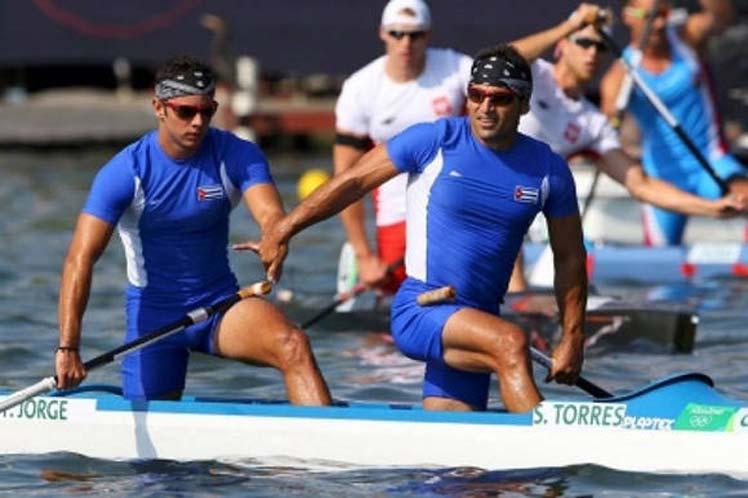 Los cubanos Serguey Torres y Fernando Dayán Jorge ganaron el segundo heat eliminatorio y pasaron directamente a la final. (Foto: PL)