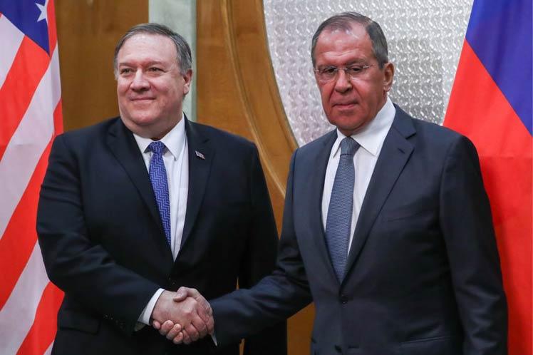 Lavrov entregó un listado a Pompeo sobre casos de injerencia de EE.UU. en los asuntos internos de Rusia.