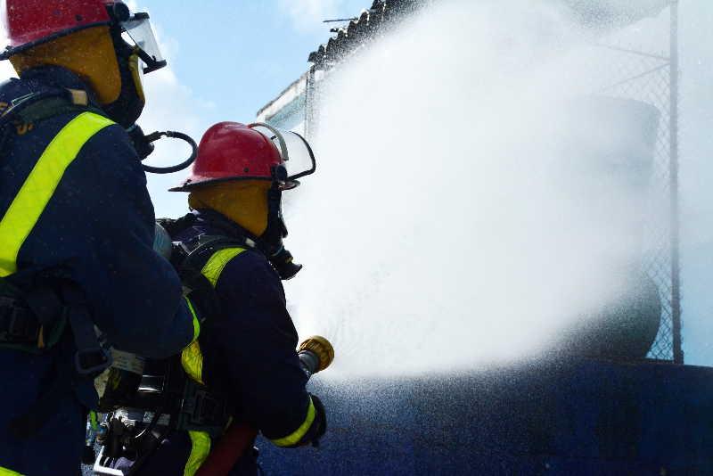 El cuerpo de bomberos de Sancti Spíritus ha dado muestras de profesionalidad en la sofocación de múltiples siniestros. (Foto: Vicente Brito / Escambray)
