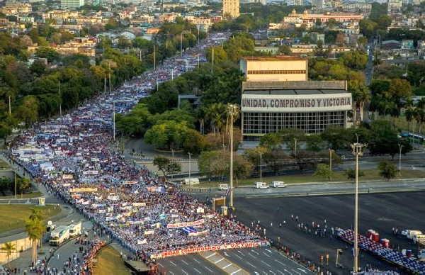 cuba, dia internacional de los trabajadores, primero de mayo, primero de mayo en cuba, raul castro, miguel diaz-canel