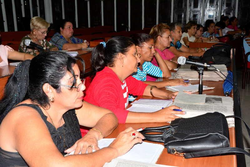 sancti spiritus, fmc, ley helms-burton, federacion de mujeres cubanas