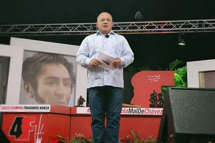 Cabello recordó que hasta la fecha a 14 miembros de la Asamblea Nacional en desacato se les retiró la inmunidad. (Foto: PL)
