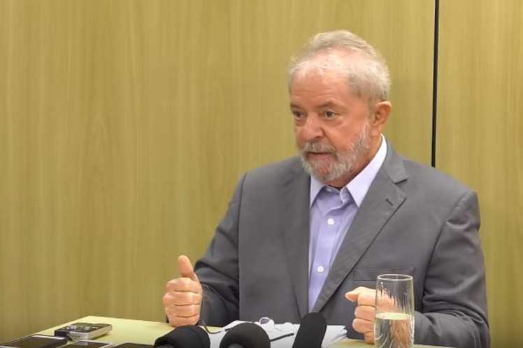 Lula insiste en que resulta víctima de una verdadera persecución política. (Foto: PL)