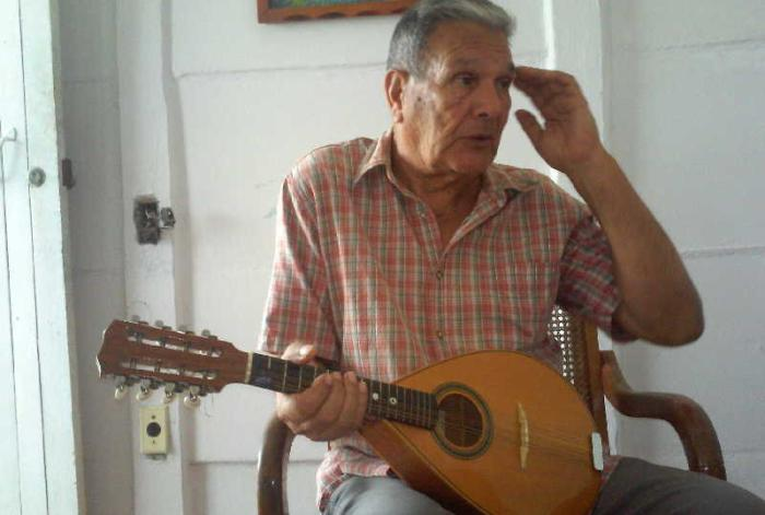 sancti spiritus, musica, mandolina, instrumentos musicales, yaguajay