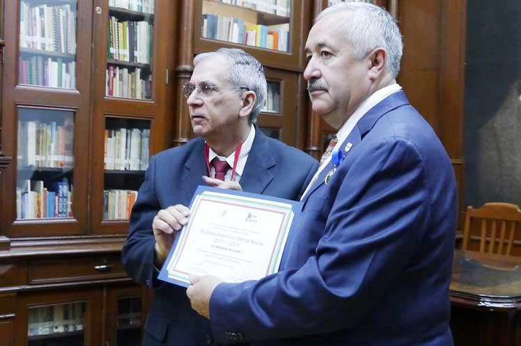 El premio es un reconocimiento al pueblo cubano y a la Brigada Henry Reeve. (Foto: PL)