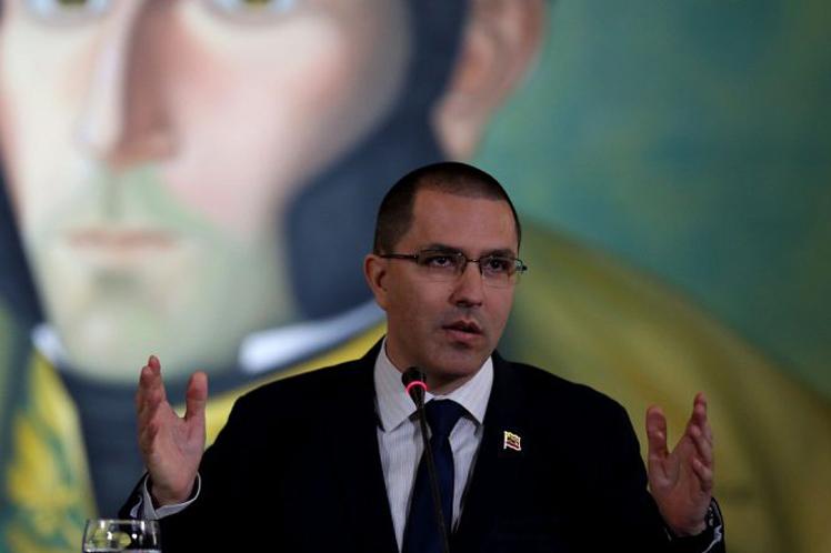 A las claras montan una acción de inteligencia multipropósito' contra Venezuela, aseguró Arreaza.