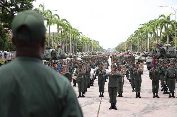 venezuela , ejercito nacional bolivariano