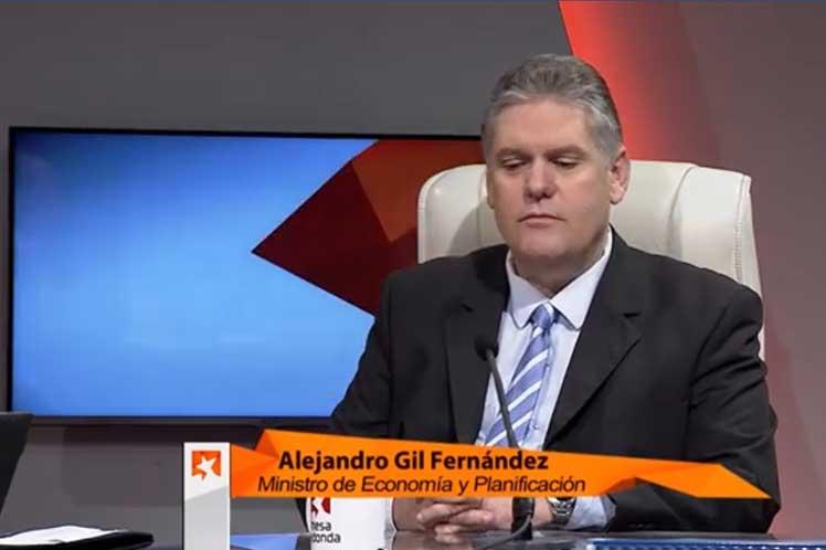 Alejandro Gil afirmó que el país trabaja para construir un escenario favorable para el desarrollo empresarial en todas las esferas. (Foto: PL)