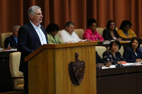 Díaz-Canel calificó de intenso y  productivo el trabajo parlamentario de la última semana. (Foto: PL)
