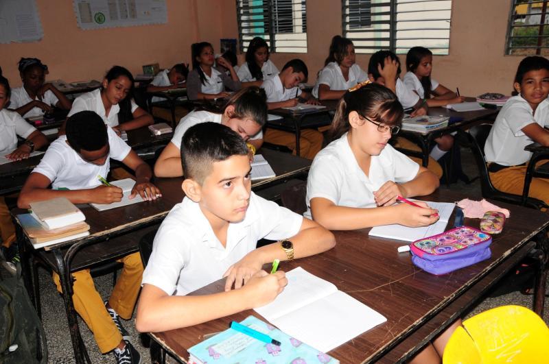 Alumnado cubano tiene asegurada continuidad de estudios
