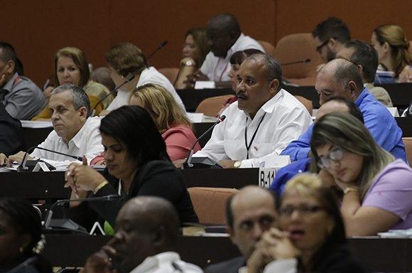Tercer periodo ordinario de sesiones de la IX Legislatura de la Asamblea Nacional del Poder Popular en Cuba. (Foto: Abel Padrón Padilla / Cubadebate)