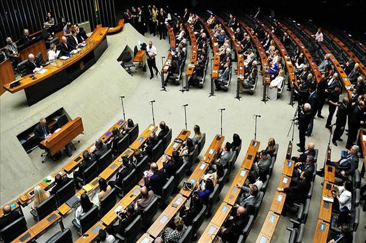 El pleno de los Diputados someterá el proyecto mejorado a un nuevo sufragio. (Foto: PL)