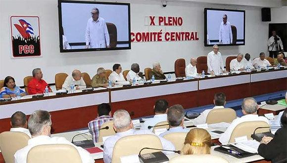 Raúl presidió la cita partidista. (Foto: PL)
