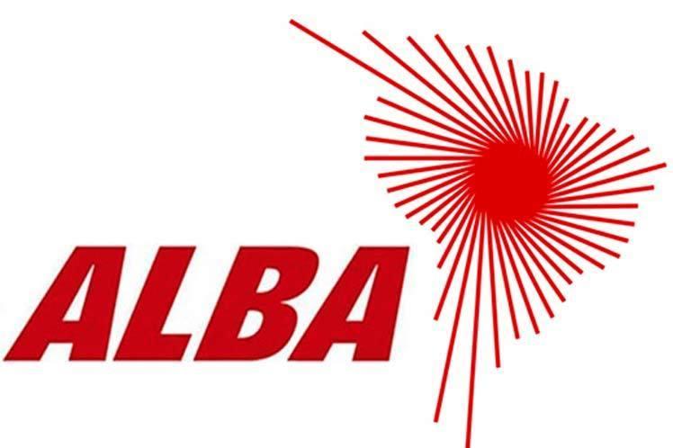 Los  Estados miembros del Alba donaron un millón de dólares a Bolivia para combatir el fuego.