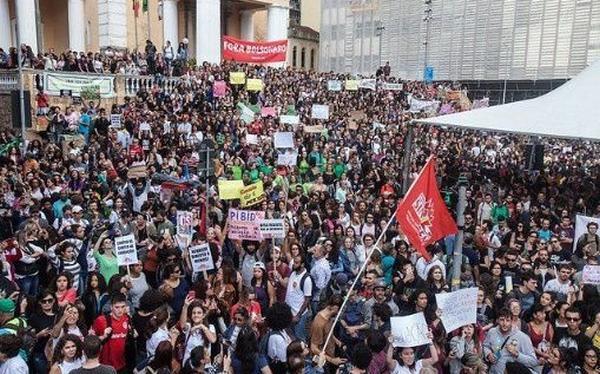 Brasil, protestas, Jair Bolsonaro