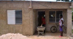 sancti spiritus, fmc, 23 de agosto, federeacion de mujeres cubanas, construccion de viviendas