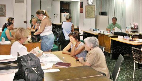 New law reduces time limits for notarial procedures in Cuba