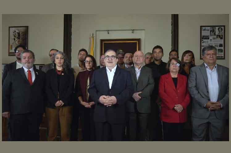 Los partidos de oposición presentaron su respusta a la alocución del Presidente de la República sobre el anuncio de Iván Márquez de regresar a las armas. Foto: PL.