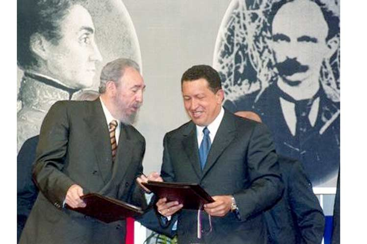 La visión estratégica de Fidel y Chávez hizo posible la firma del Convenio Integral de Colaboración entre Cuba y Venezuela. (Foto: PL)