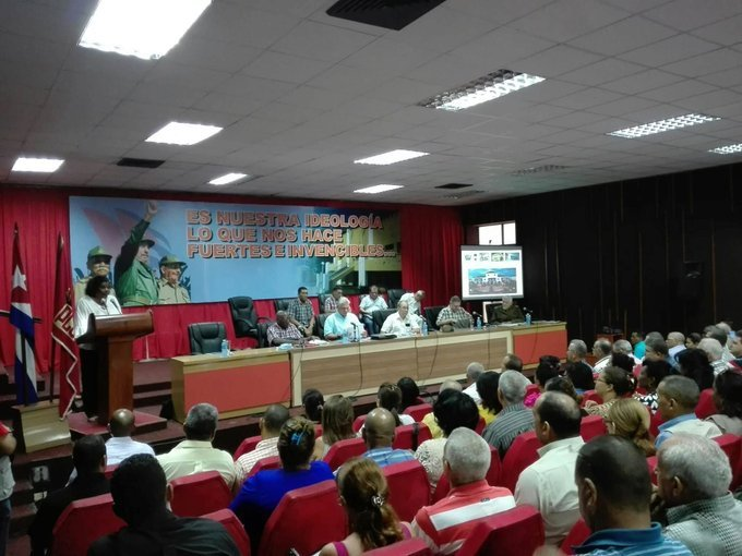 El presidente cubano conoció acerca de las medidas adoptadas en cada territorio. (Foto: Twitter de Presidencia Cuba)
