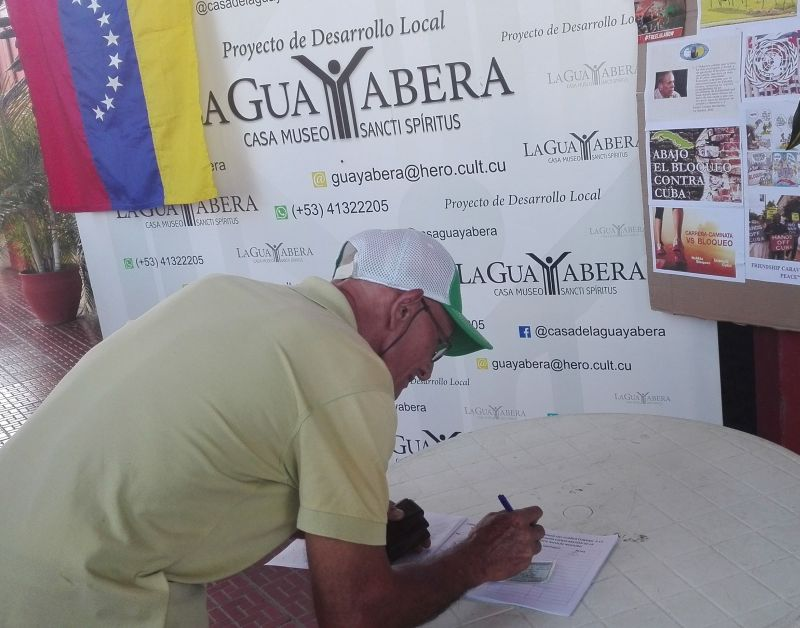 Firmas respaldo a Venezuela