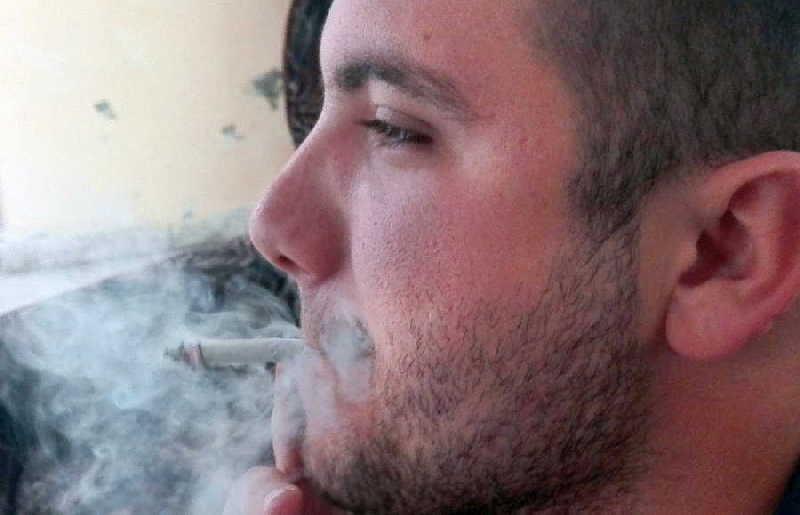 Más del 15 por ciento de los fumadores espirituanos son adolescentes y jóvenes. (Foto: Arelis García)