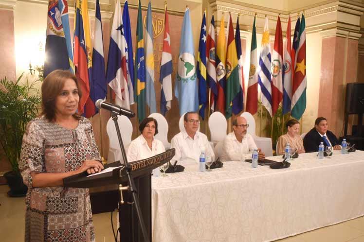 Cuba, Parlatino, Parlamento