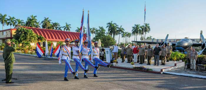 El Regimiento de Aviación de la Guardia 'Playa Girón, Orden Antonio Maceo, fue fundado el 5 de septiembre de 1959.