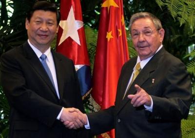 Raúl estuvo entre los extranjeros aprobados por el presidente Xi Jinping para recibir la Medalla de la  Amistad. (Foto: PL)