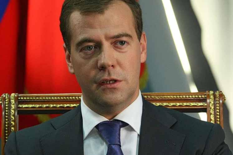 Medvedev sostendrá conversaciones oficiales con el presidente Miguel Díaz-Canel. Foto: PL.