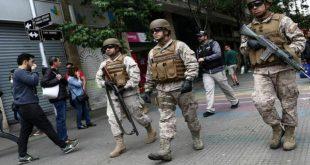 chile, manifestaciones, toque de queda, sebastian piñera