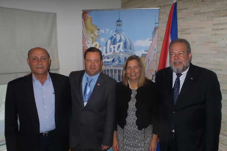 Marrero actualizó a profesionales canadienses sobre las novedades y desarrollo turístico de Cuba. (Foto: PL)