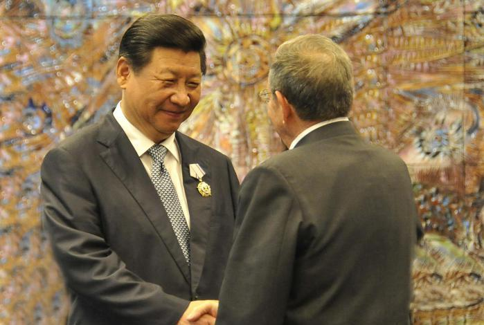Chinese President congratulates Raul Castro for the successful extraordinary session of Cuban parliament