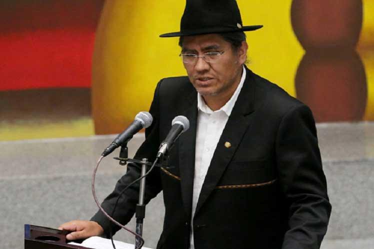Gobierno venezolano concertará acciones conjuntas para enfrentar golpe de Estado en Bolivia