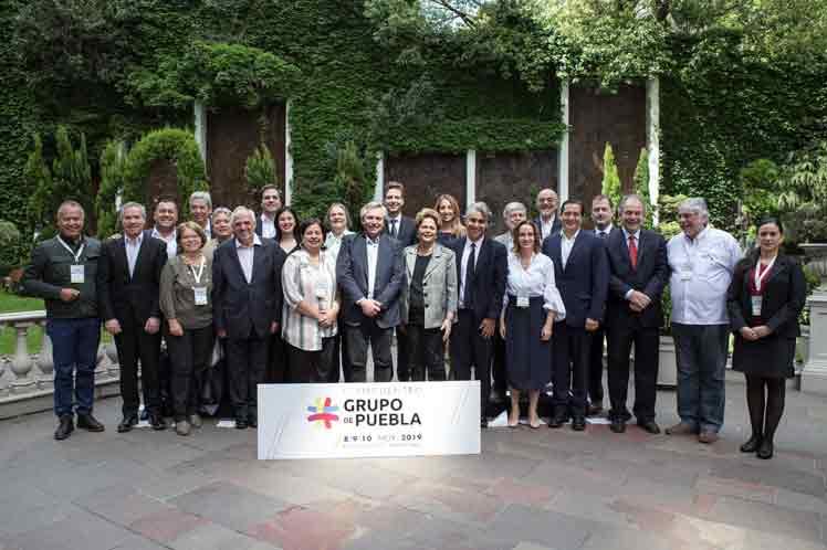 El Grupo de Puebla, fundado por 32 líderes internacionales, entre ellos varios expresidentes, concluyó este domingo en Buenos Aires su segundo encuentro. (Foto: PL)