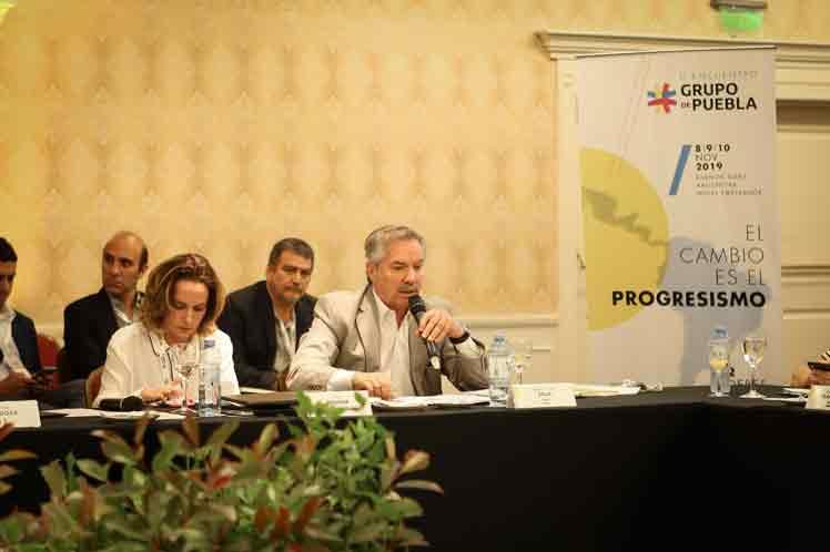 Ese mecanismo de integración compuesto por varias personalidades del continente, manifestó su solidaridad con el pueblo democrático y pacífico de Bolivia. (Foto: PL)