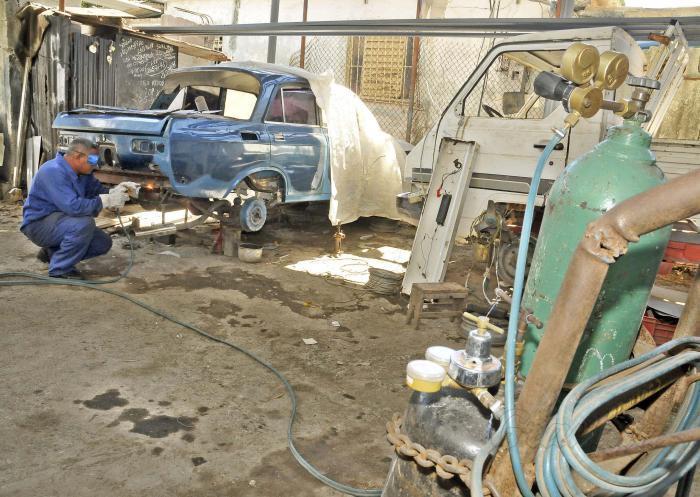 cuba, trabajo por cuenta propia, economia cubana, ministerio de trabajo y seguridad social