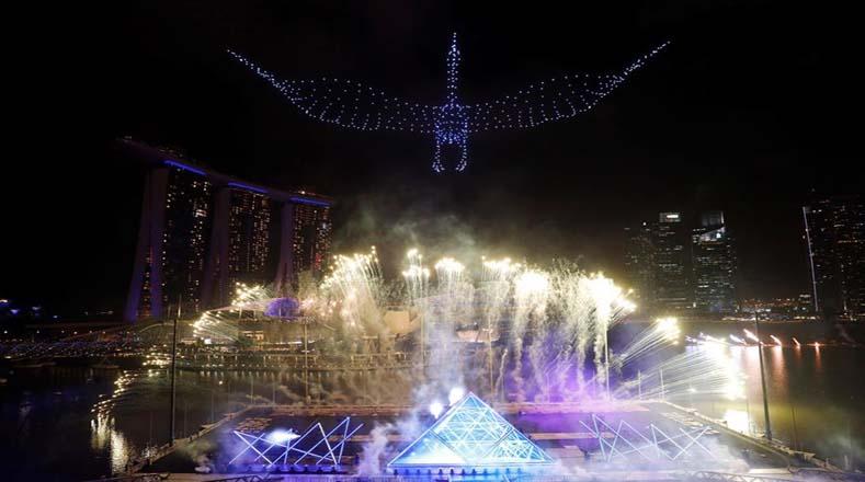 Celebración de Año Nuevo en Marina Bay, Singapur Foto: EFE