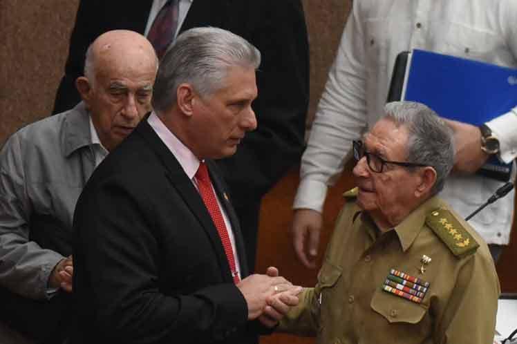 Raúl propuso debatir nacionalmente el discurso del presidente de Cuba en la clausura de la Asamblea Nacional. (Foto: PL)