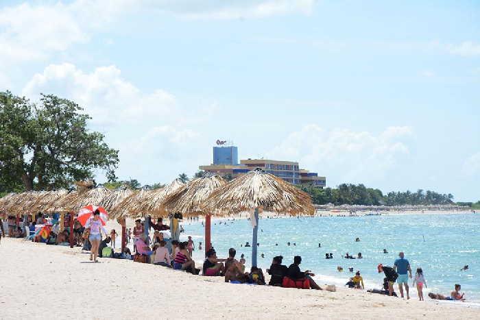 Especialistas del Citma determinaron el progreso significativo de la erosión en la playa Ancón.
