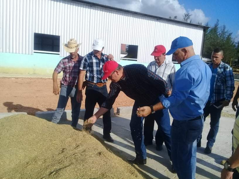 El Ministro de la Agricultura reconoció a la entidad como la más destacada del país en la diversificación productiva.
