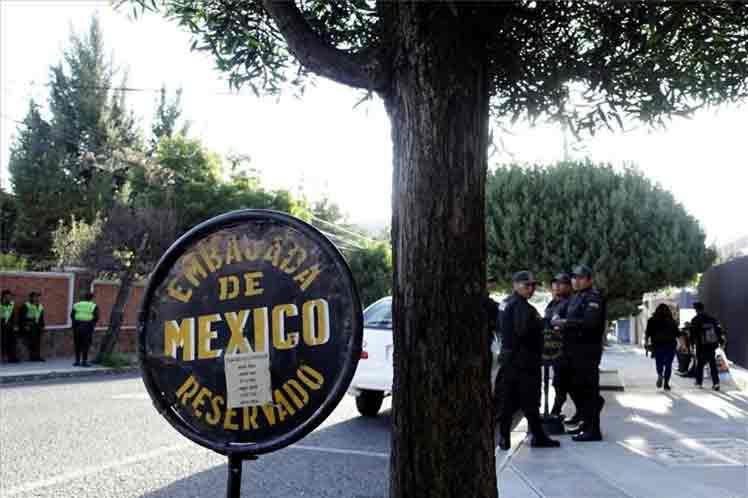 La sede diplomática mexicana en La Paz resulta un sitio con vigilancia incrementada de los cuerpos de seguridad de Bolivia. Foto: PL.