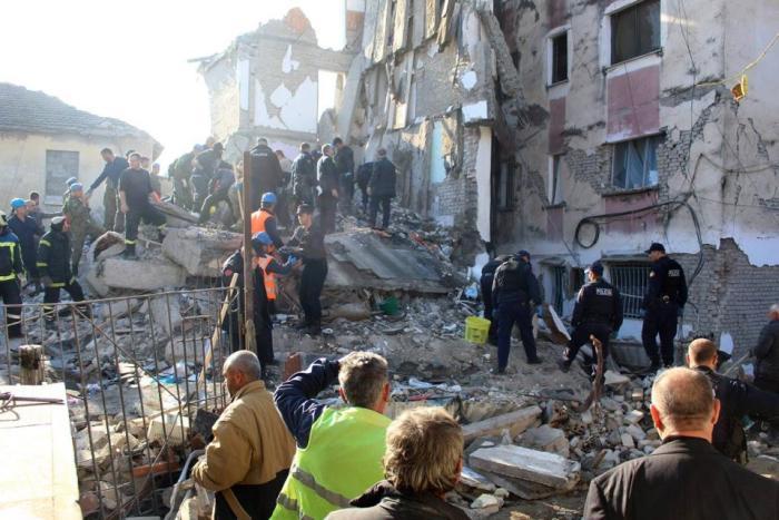 sismo, albania, muertos