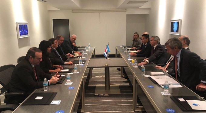 Bruno Rodríguez, quien cumplió una intensa agenda en la jornada, reiteró el compromiso de Cuba con la Celac. (Foto: PL)