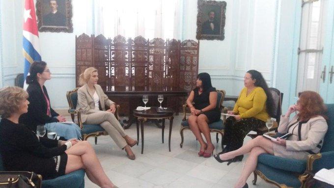 La visitante tuvo un encuentro de cortesía con la viceministra de  Relaciones Exteriores Anayansi Rodríguez. (Foto: CubaMinrex)