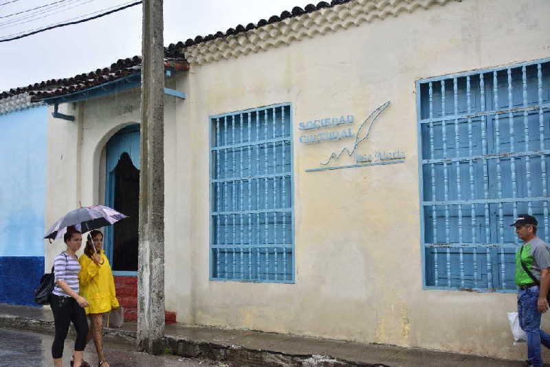 La sede de la filial espirituana de la Sociedad Cultural José Martí es una de las edificaciones más longevas que sobreviven en Sancti Spíritus.
