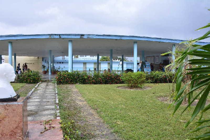 La escuela primaria Serafín Sánchez es el único centro escolar que se mantiene, desde sus orígenes, con ese objeto social.