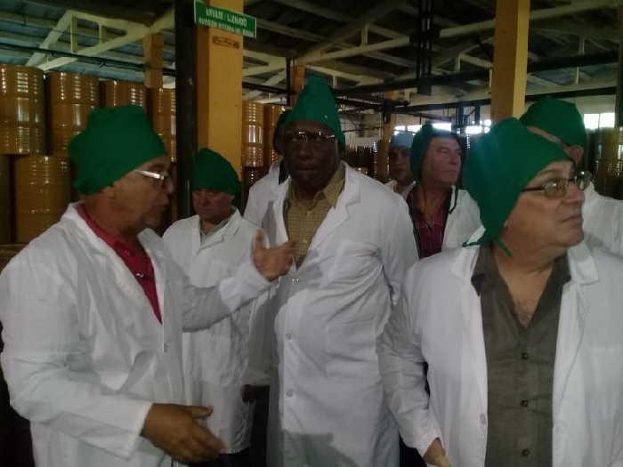 sancti spiritus, primer ministro de cuba, manuel marrero, tabaco, agricultura urbana, planta de miel