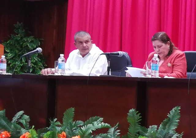 Teresita Romero y Frank Osbel Cañizares encabezaban la labor de la Asamblea Provincial del Poder Popular.